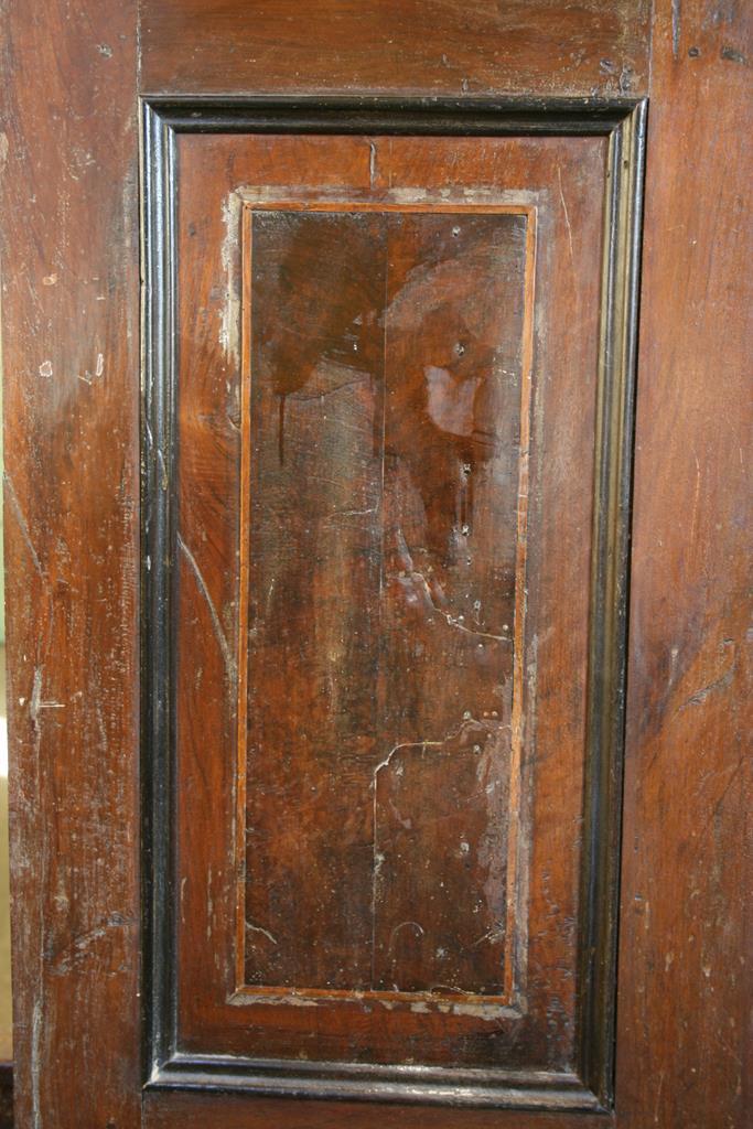 Mobili intarsiati-2 Canterano XVII-XVIII sec-3 Fianco prima del restauro
