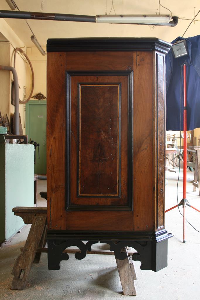 Mobili intarsiati-2 Canterano XVII-XVIII sec-13 Fianco destro dopo il restauro